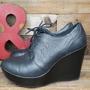 Stylish Korks Black Leather Lace Up Shoes Size 7.5